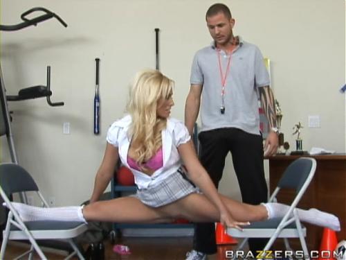 Зачет по физкультуре [Brazzers.com] (2009) DVDRip