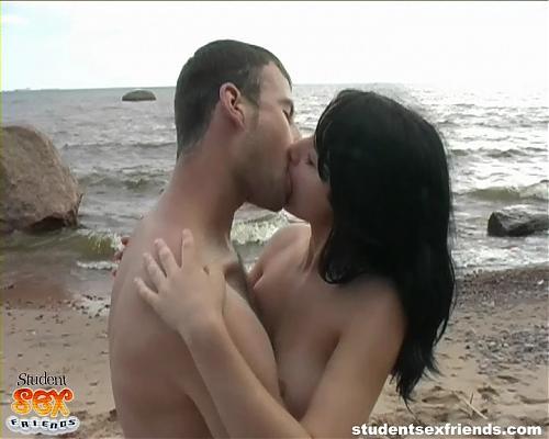 Жанна и Дима - красивый секс на берегу Балтики [StudentSexFriends.com] (2009) DVDRip