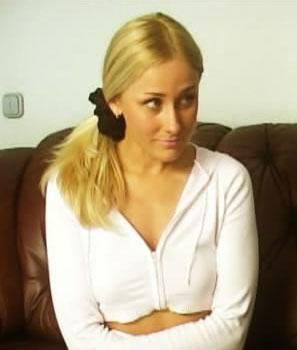 Марина ( она же Lis aka Katy, Катя) / Два мужика трахают красивую русскую блондинку  (2009) DVDRip