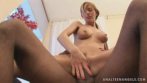 Негр и бледнолицая красотка. (2009) DVDRip