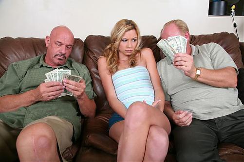 ЗА ДЕНЬГИ...пионеры готовы дать хоть ПЕНСИОНЕРАМ / Nikki Flame(Teens For Cash 16)DVDRip (2009) DVDRip