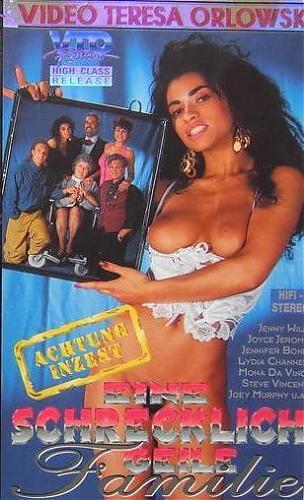 Eine Schrecklich Geile Familie 1-5 / Ужасно похотливая семейка 1-5 (John Francis, Simon B. Jones, Jeckyll Jensen, VTO) [1993-4 г., All sex, VHSRip] (Julia Chanel) (1994) DVDRip