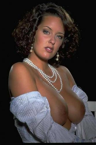 Monica Roccaforte (10 роликов) / Венгерская суперкрасотка с абсолютно натуральной грудью размера 85D и синими глазами (2007) DVDRip