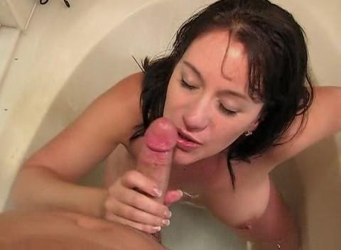 Умопомрачительный трах в ванной №43 (2009) DVDRip