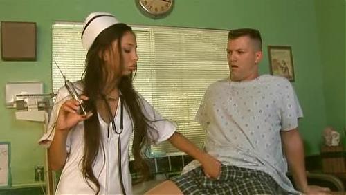Alexis Love / Сногсшибательная медсестричка  (2009) DVDRip