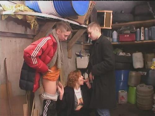 Young men and old women / Малолетки развлекаются с пожилыми женщинами ( Сборник-5 роликов) (2009) SATRip