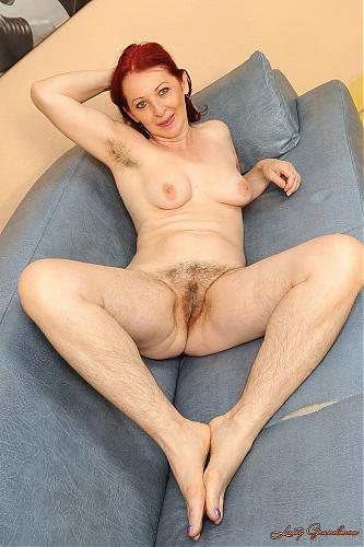 Debra - Body hair fetish (2009) SATRip