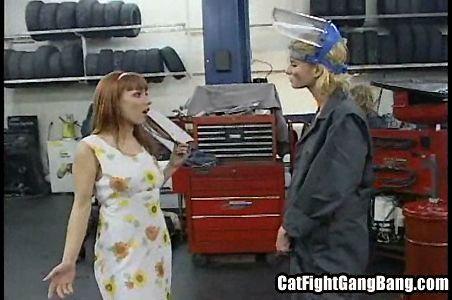 Автосервис с большими игрушками  (2005) DVDRip