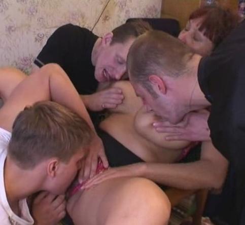 Мама Клавдия и три  сынка  (2009) DVDRip