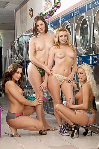 Цыпочки в прачешной/2 Chicks Same Time – Bobbi Starr, Breanne Benson, Gracie Glam, Lexi Belle (2010) SATRip