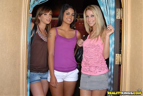 RealityKings.com - Leah James (2009) SATRip