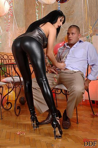 Latex Jeans And Trousers Yes Porn 1