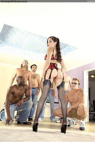 Саша Грэй зажигает не по децки (Sasha Grey.GangBang 5) (2010) DVDRip