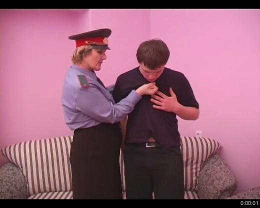 Секс с милиционершей (2008) DVDRip
