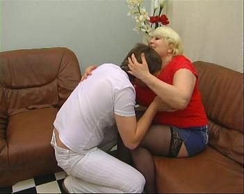 Совращение молодого человека. (2008) CamRip