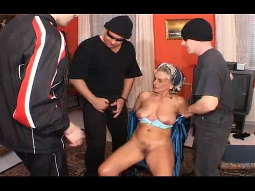 Abnorm Uberfall auf OMAS Locher !!! (2009) DVDRip