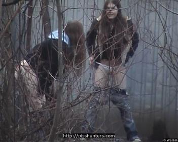 Скрытая камера за ГАРАЖАМИ  (2006) CamRip