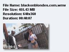 ДВУМЯ ОГРОМНЫМИ ЧЛЕНАМИ РВУТ БЕЛУЮ СУЧКУ /jessipalmer blackonblondes.com (2009) DVDRip