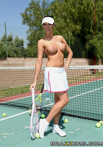 [BigTitsInSports.com / Brazzers.com] Kortney Kane (New Coach For My Big Tits / 02.07.10) (2010) SATRip