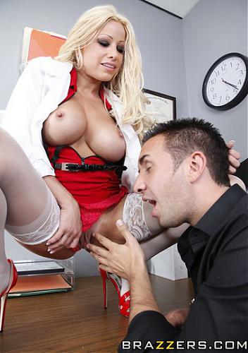 [DoctorAdventures.com / Brazzers.com] Gina Lynn (Eye Will Fuck You / 01.07.10 ) (2010) SATRip