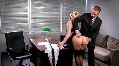 Суперсекретарша с чумовой попкой / Alexis Texas (2010) DVDRip