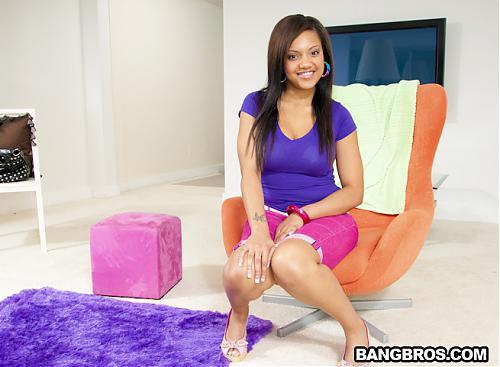 [BigMouthfuls.com / BangBros.com] Catalina Taylor (Catalina Taylor is Amazing / bmf6897) / Удивительная Кэтэлина Тейлор (2010) SATRip