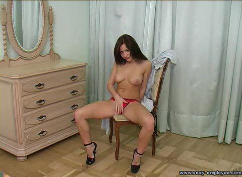 """Молодая красавица проходит""""кастинг""""в секретарши / Sneila  (2010) SATRip"""
