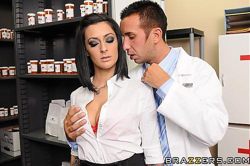 Doctor Adventures - PRESLEY MADDOX **New August 26** (2010) SATRip