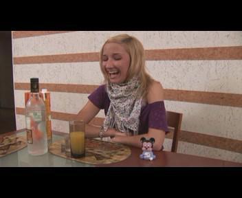 Гимнастки 4(Ex-Gymnast Getting Drunk) (2009) DVDRip
