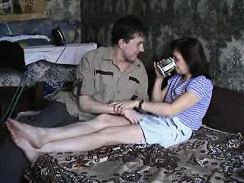 Украденное частное порно муж и жена снимали себя на видео  (Реальное любительское домашние порно видео!!!) (2010) DVDRip