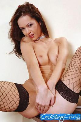 Миниатюрную модельку адски прут во все дыры / Angelina Crow  (2010) DVDRip