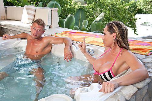 My Friends Hot Mom - Tyler Faith **New September 08** (2010) SATRip