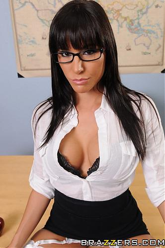 Big Tits At School - GIA DIMARCO (HALEY WILDE) [September 28, 2010] (2010) SATRip