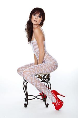 Красивая модель снимается в порно / [NaughtyAmerica.com] Zoe Voss (2010) SATRip
